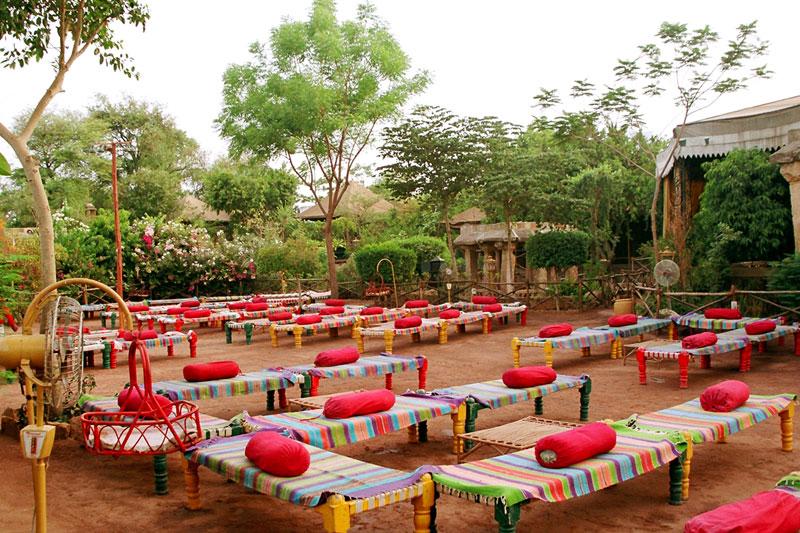 Gujarati restaurants in gujarat theme