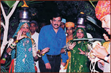 Mr. Sanjeev Kapoor at Rajwadu