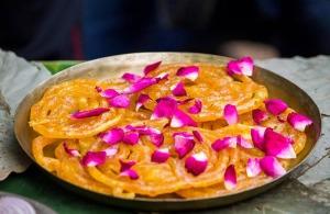 Gujarati_food_in_Gujarat